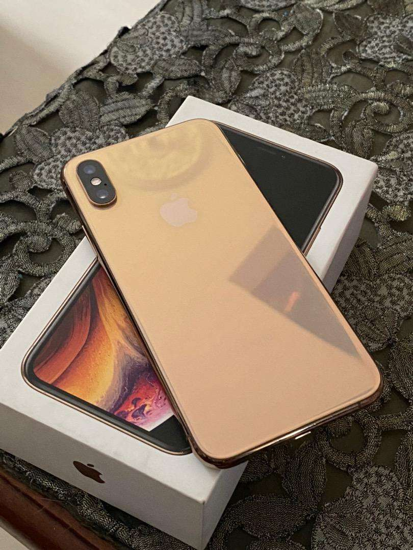 Iphone xs normal 64 gb 0
