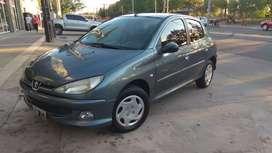 *Marca:* Peugeot *Modelo:* 206 Premium 1.6 5P (16v) *Año:* 2007