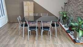 Juego de Mesa con vidrio y 6 sillas