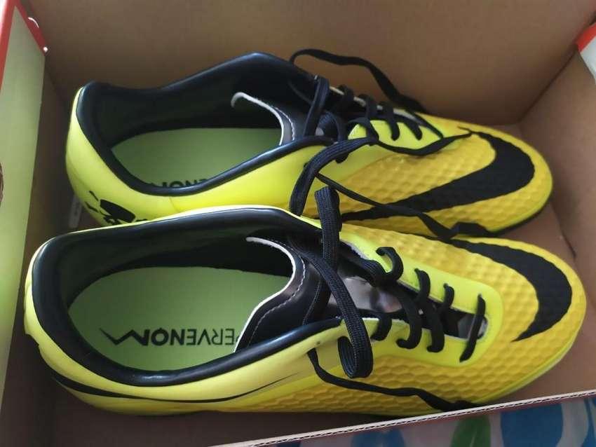 Zapatillas Futsal NikeHypervenom 0