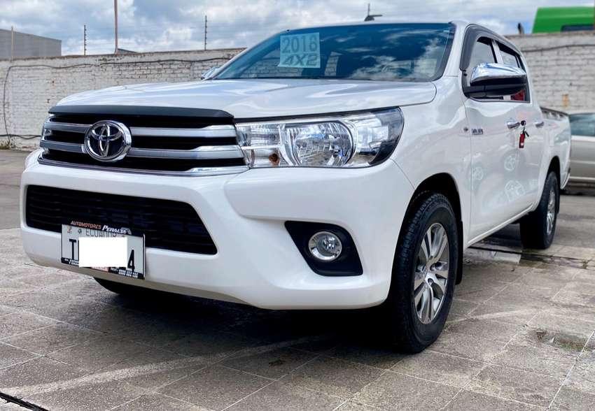 Toyota hilux 4x2 2.7 a gasolina full equipo año  2018 con 28.000 km. 0