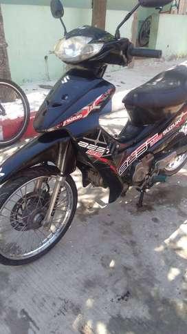 Moto exelente precio