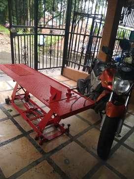 Mesa para taller de motos