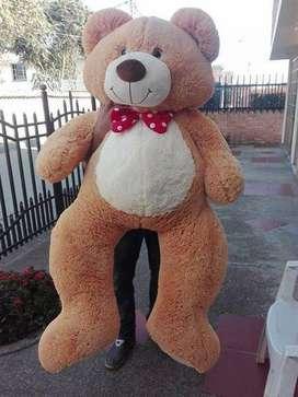 oso gigante de 1 metro 40 cm por solo 200000
