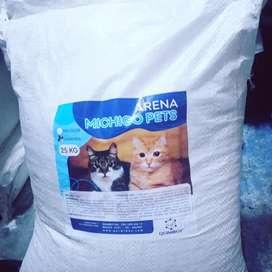 Arena para Gatos, bentonita, Bulto de 25