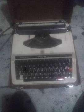 Máquina de escribir barata marca brother
