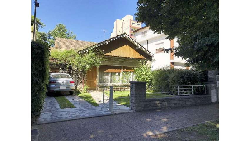 Bv. Ballester  5000 - UD 380.000 - Casa en Venta 0