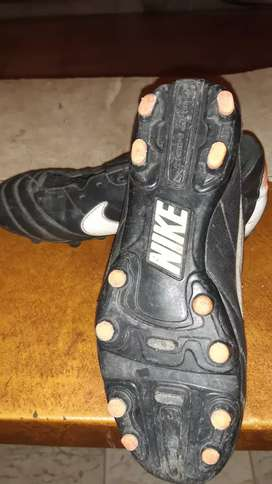 Cambio Botines Nike t 35 por otros e 31