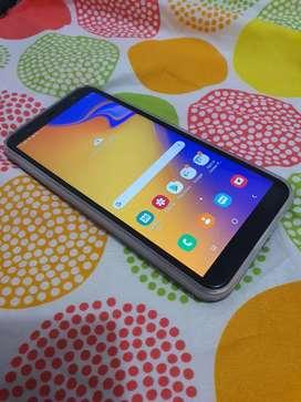 Se vende Samsung j4 plus