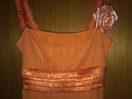 Vestido de fiesta color naranja