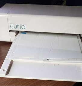 Vendo maquina Silhouette CURIO para cortes de plantillas, tarjetas.