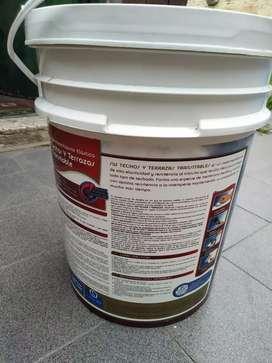 Vendo membrana liquida Sherwin 20 litros color rojo