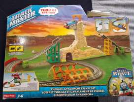 Pista de ferrocarril motorizado Thomas & friends.  Marca fisher price.