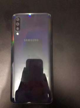 Vendo o cambio galaxy a70 de 128 gb