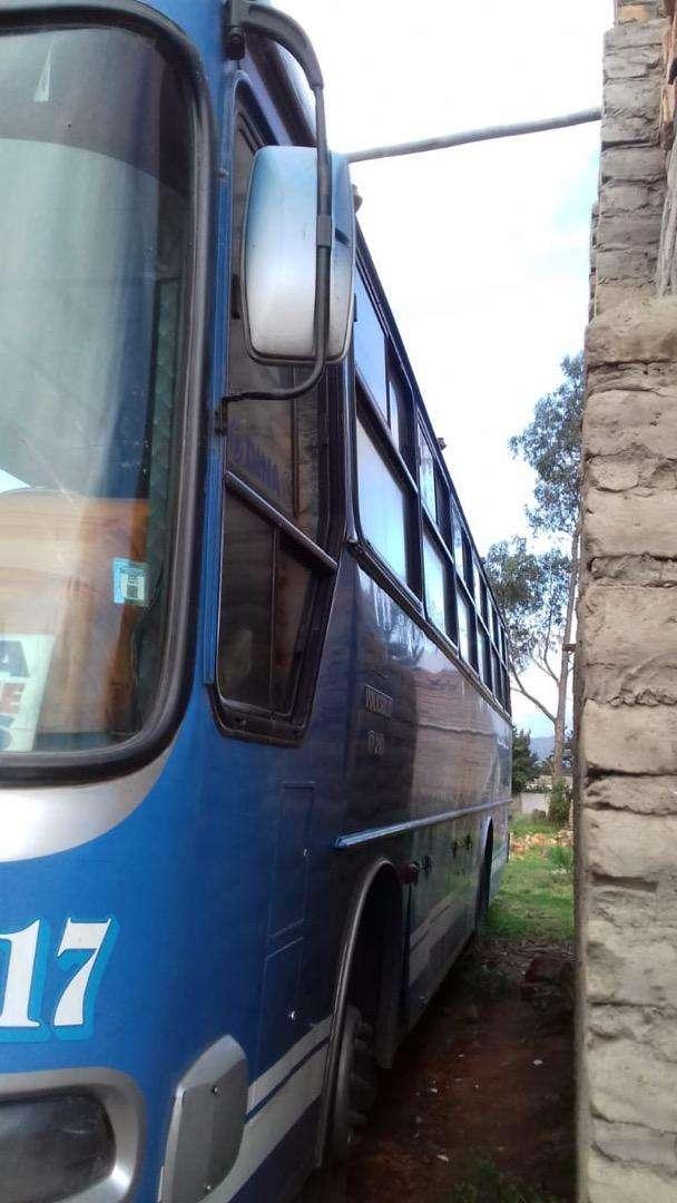 Vendo Bus de Transporte Urbano sector IBARRA con puesto 0
