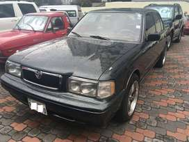 Toyota Crown año 1992 motor 3000 sedan Japon
