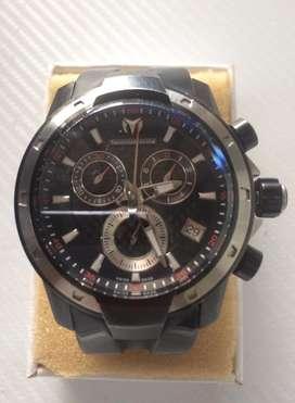 Reloj technomarine uf6 magnum cristal zafiro