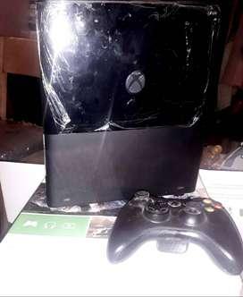Xbox Como Nuevo en su Caja / No se ha utilizado casi / Chip RGH - Disco 250 Gigas