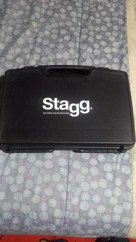 Sistema inalámbrico guitarra marca Stagg