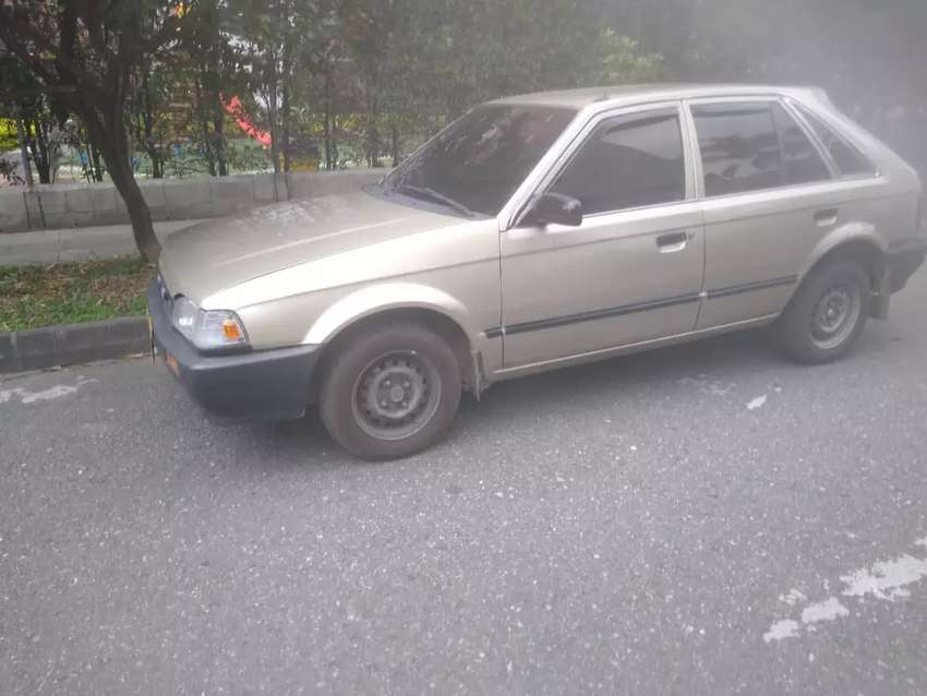 Mazda 323 HS 0