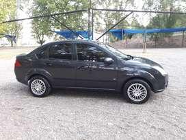 Vendo Ford Fiesta Max inmaculado!!! Con GNC
