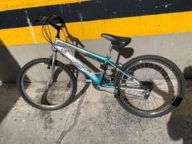 Bicicleta Rockville para niño