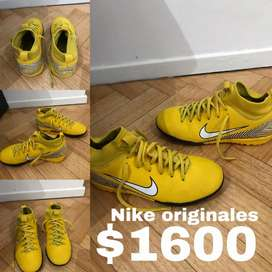 Botines Nike amarillos