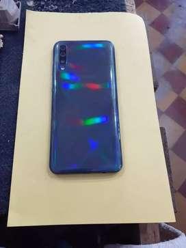 En muy buen estado no tiene ningún defecto Samsung A50 $35.000 negociable