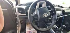 Vendo Toyota Hilux SR 2016 uso particular full equipo