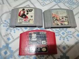 Cartuchos de Nintendo 64.