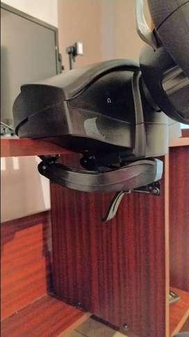 Volante thrustmaster usado y pedalera