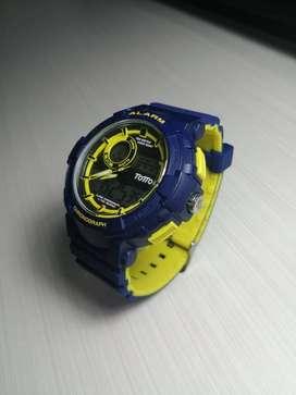 Venta Reloj Analogo Digital Marca Totto - ORIGINAL (PRECIO NEGOCIABLE)