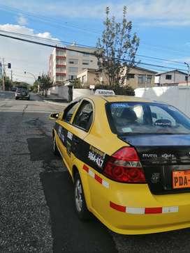 Vendo taxi legal 13.500 negociable papeles al día pasada la coorpaire 2021