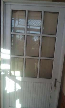 puerta de aluminio 80X200