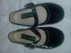 Vendo zapatos negros