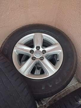 Aros originales  rin 16 de Kia Sportage R