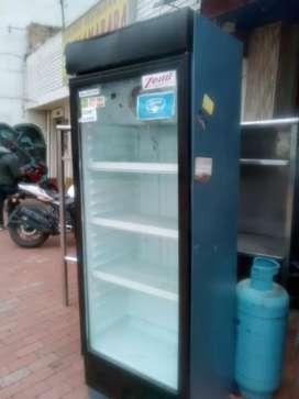 Vertical refrigeración buen estado