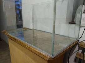 Pecera de 1.20 x55x55  de 10 ml  a s/200