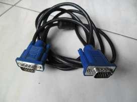 Variedad de  cables  de audio y video.