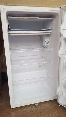 Refrigeradora pequeña