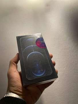Vendo iPhone 12 Pro sellado color azul entrega inmediata