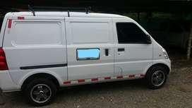Camioneta Van Chevrolet N300 en excelente estado con trabajo y precio negociable, full equipo