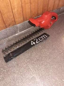 Cortacerco black & decker 400w 42cm