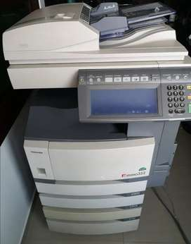 Vendo Fotocopiadora de piso marca Toshiba