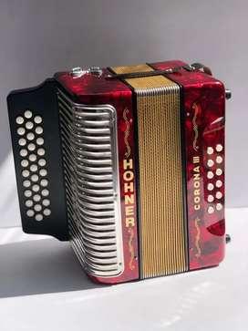 Vendo acordeon Honner corona III