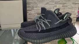 Zapatos Adidas yeezy talla 42