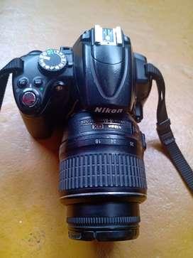 Cámara Nikon D5000.
