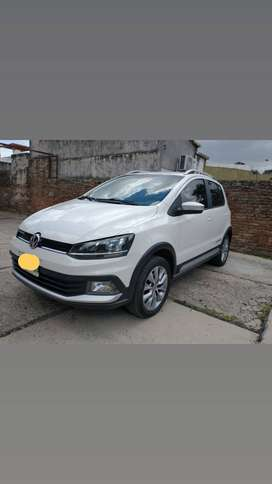 Vendo VW Crossfox Highline Msi