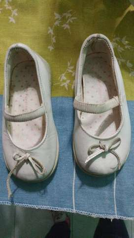 Zapatos Guillermina Hush Puppies N 22