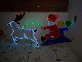 Papa noel y reno con luces